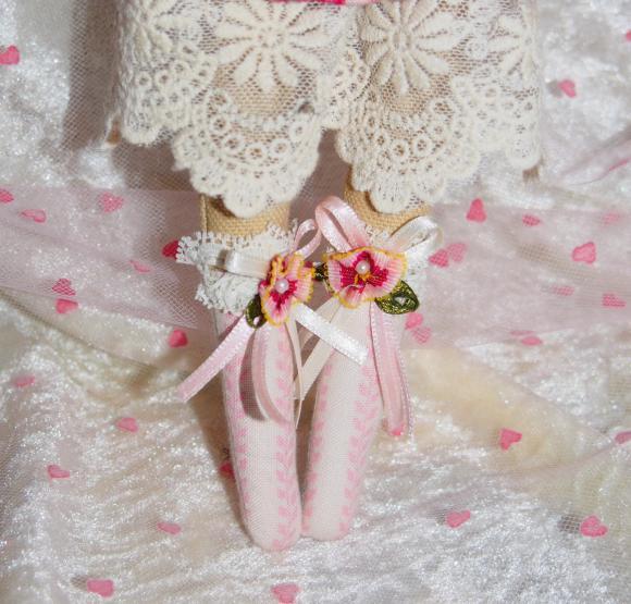 http://nathy.cowblog.fr/images/tilda1/accessoiresdemaisonpoupeenathyentissutildapourd19232872pa190196jpgb33bdd192e1big.jpg